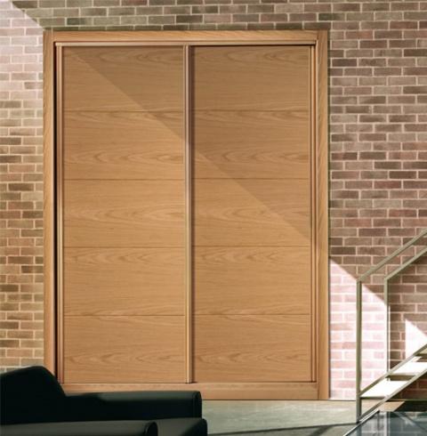 armarios barnizados madera Nerja